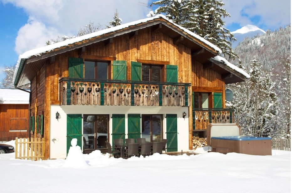 treeline self catered chalets morzine skiing