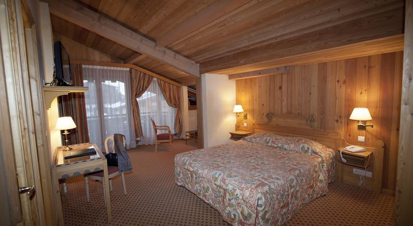 Hotel Le Samoyede in Morzine (1)