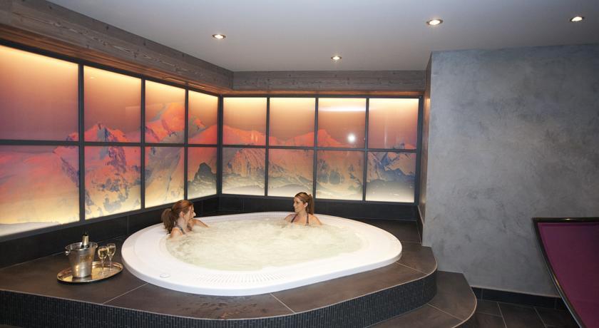 Hotel Le Samoyede in Morzine (4)