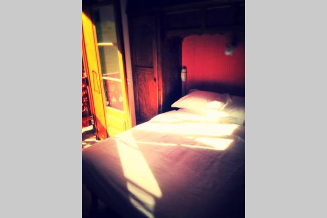 airbnb 18-min