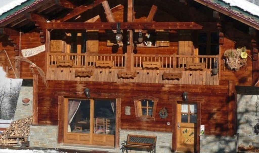 Chalet Jardin d\'Angele in Courchevel Le Praz - France Skiing