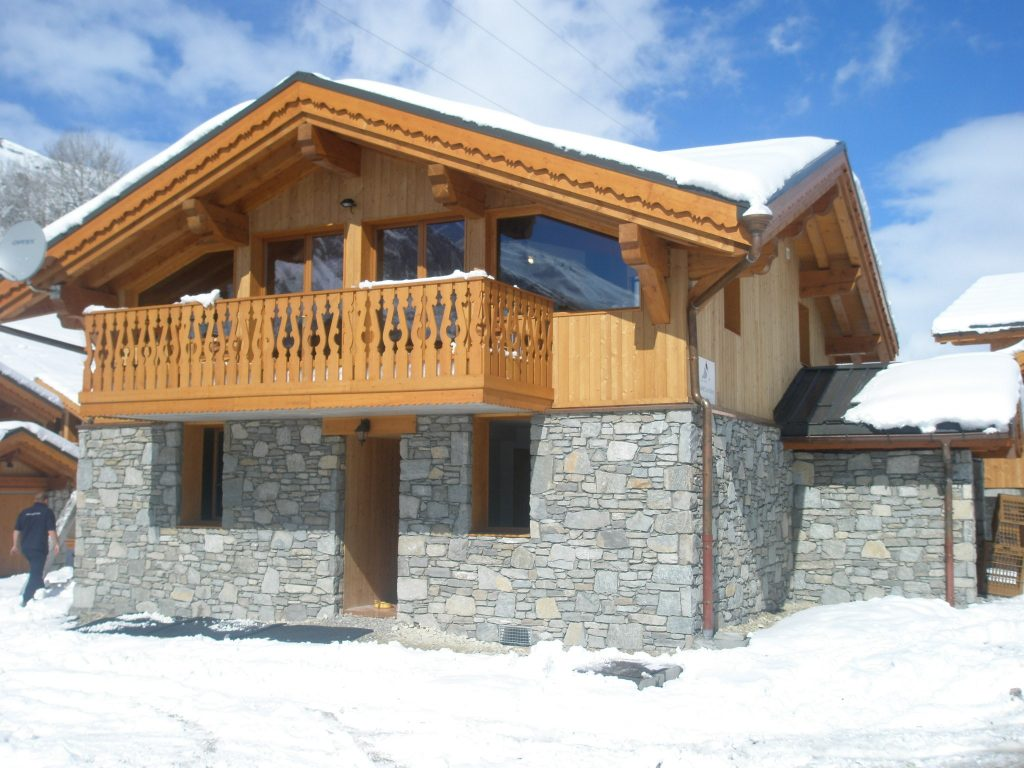chalet katerina in les menuires les menuires chalets france skiing. Black Bedroom Furniture Sets. Home Design Ideas