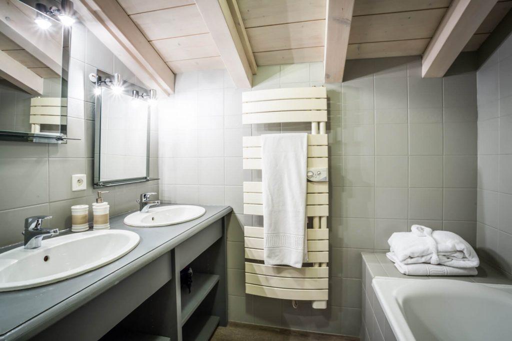1 - Chalet Hideaway II in Chamonix - Top Floor - Appartment 2 (2)