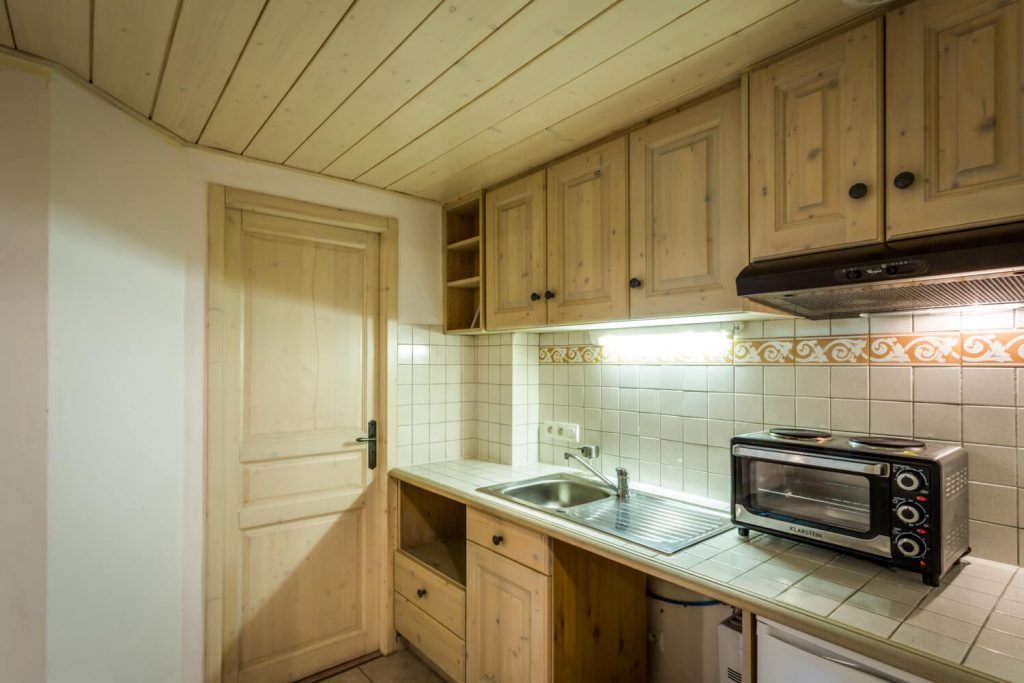 3 - Chalet Hideaway II in Chamonix - Lower Ground Floor - Studio (5)
