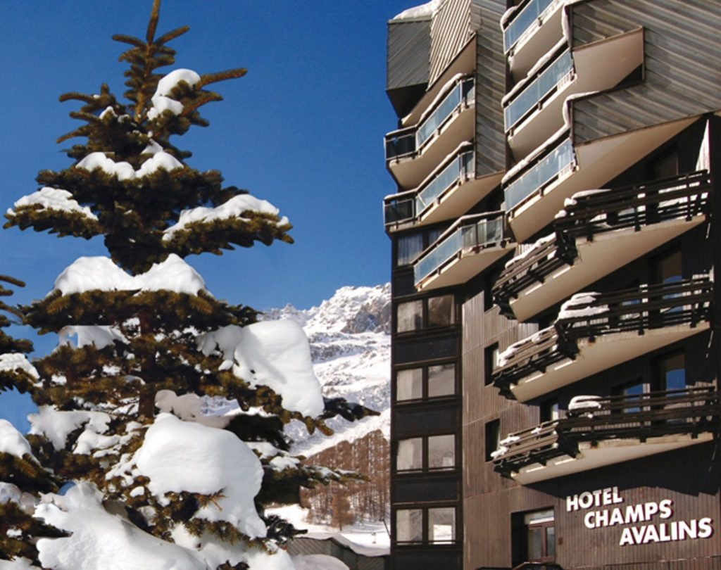 Chalet Hotel Champs Avalins in Val d'Isere (4) featured