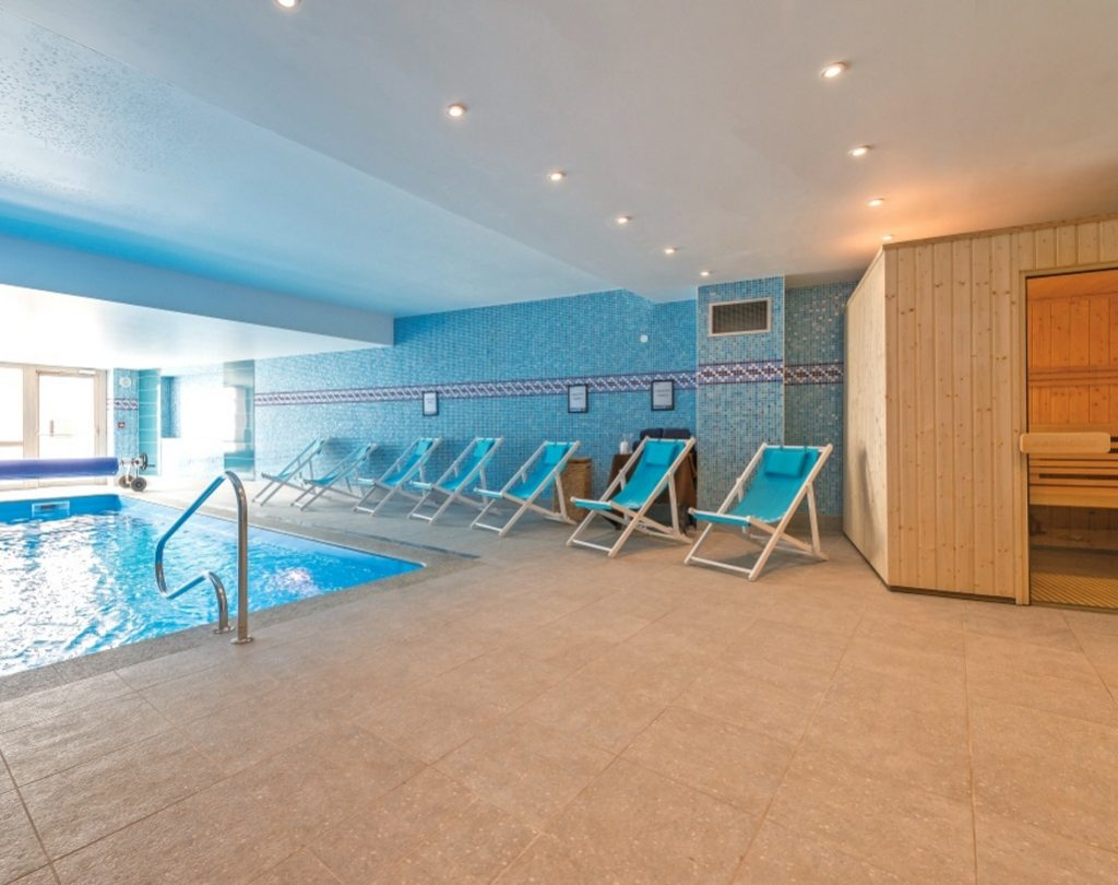 Chalet Hotel Rosset in Tignes (7) featured