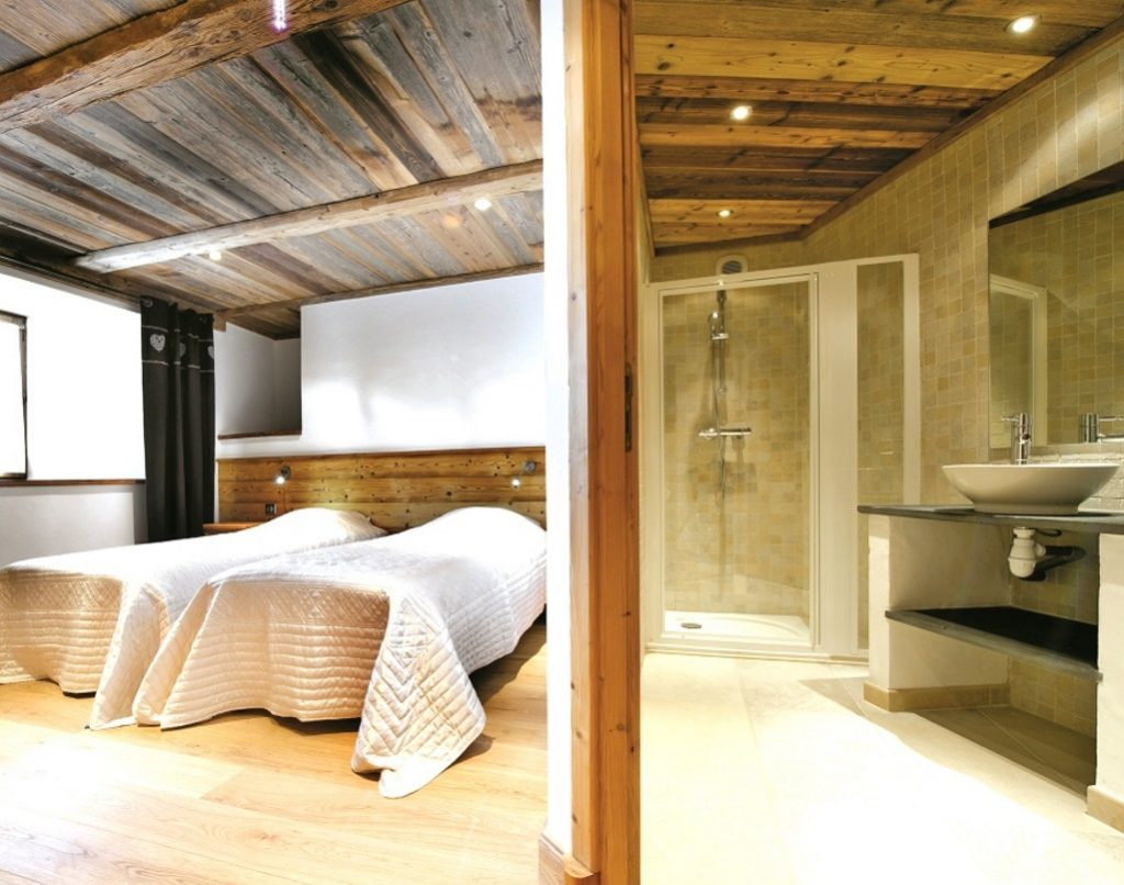 Chalet La Rocheure in Val d'Isere (1) featured