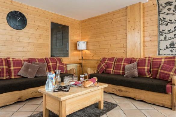 promenade_de_toviere_living_area_2_-_ski_chalet_in_tignes,_france_7147