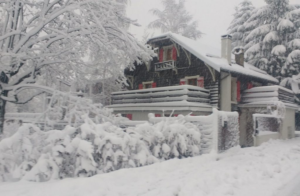 Chalet Mont Blanc Lodge in Chamonix (1)