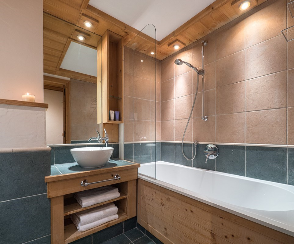 Aspen Hot Tub Suite 6 in Val d'Isere (9)