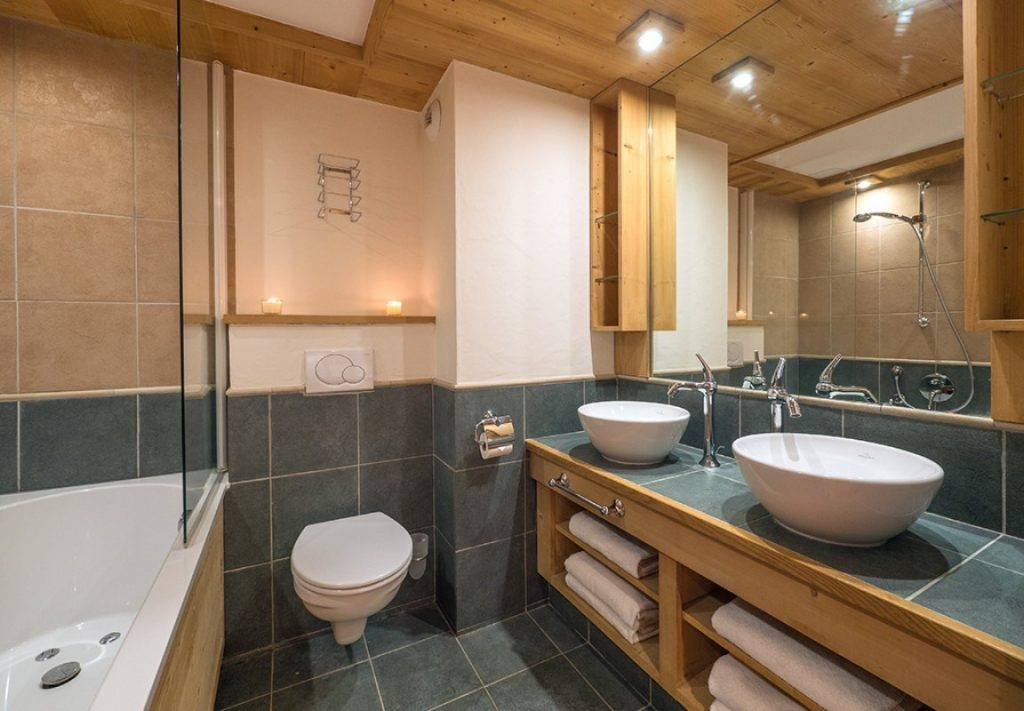 Aspen Hot Tub Suite 8 in Val d'Isere (7)