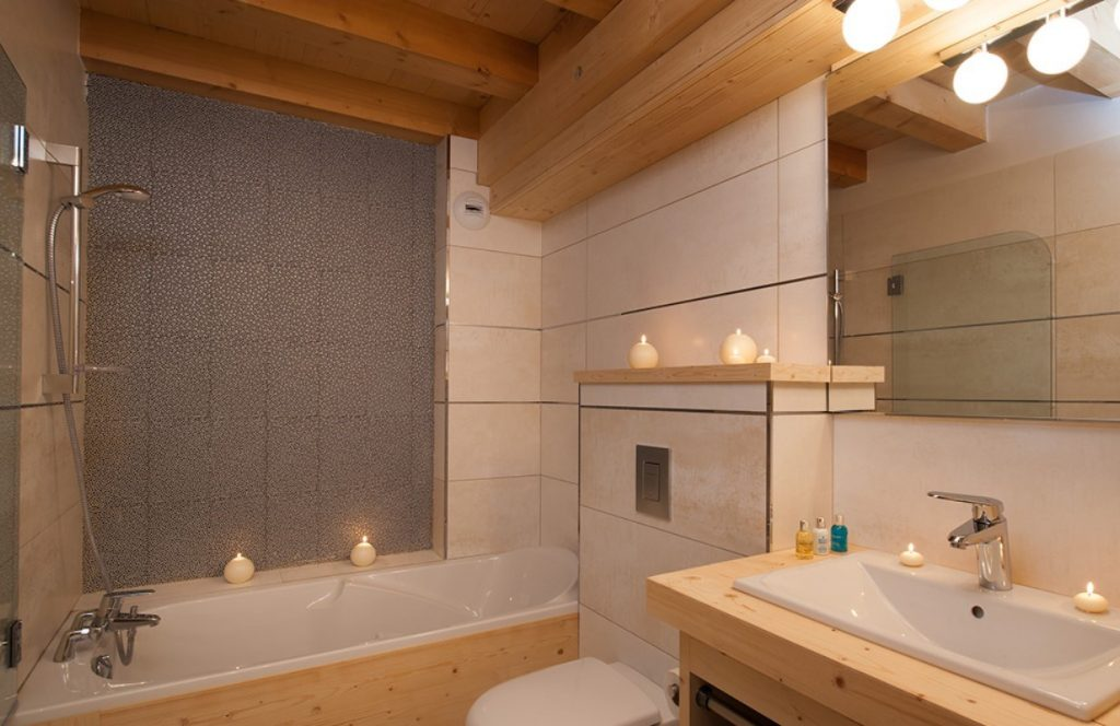 Bellacima Lodge in Meribel (2)