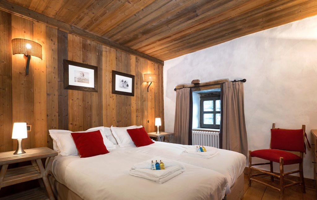 The Farmhouse in Val d'Isere (11)