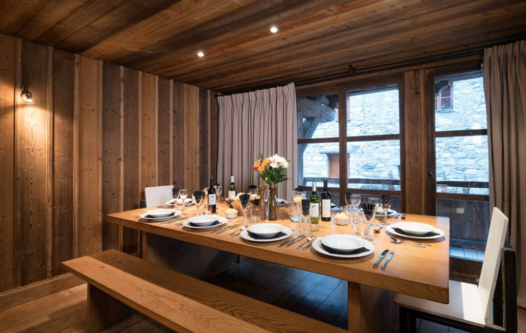 The Farmhouse in Val d'Isere (7)