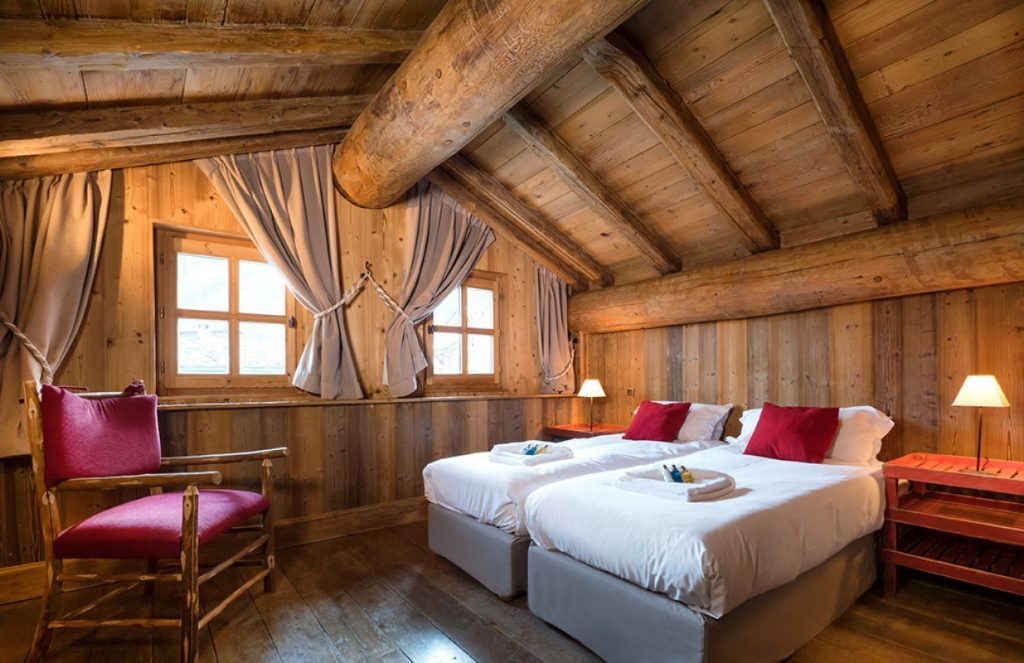 The Farmhouse in Val d'Isere (9)